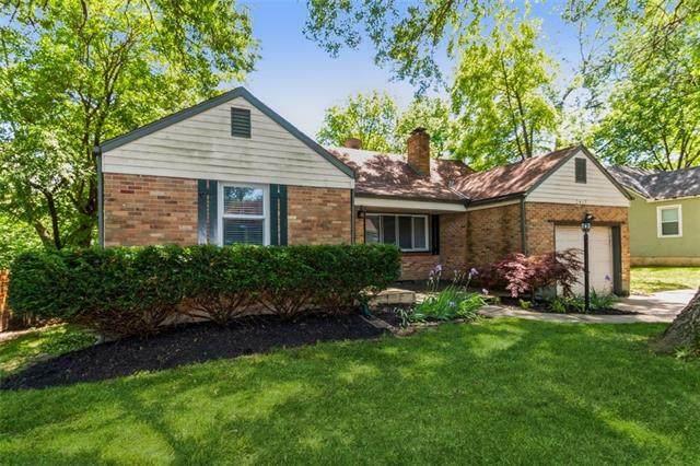 2417 W 75th Place, Prairie Village, KS 66208 (#2321293) :: Team Real Estate