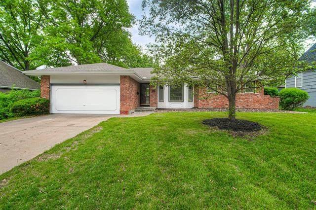6313 W 100th Street, Overland Park, KS 66212 (#2321301) :: Team Real Estate