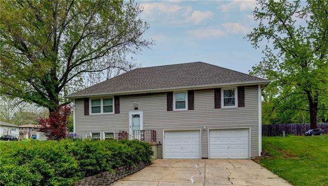 20000 E 12th Terrace, Independence, MO 64057 (#2321351) :: Team Real Estate