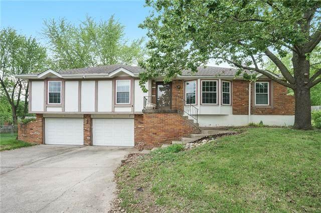 7805 N Garfield Avenue, Kansas City, MO 64118 (#2321375) :: Tradition Home Group | Better Homes and Gardens Kansas City