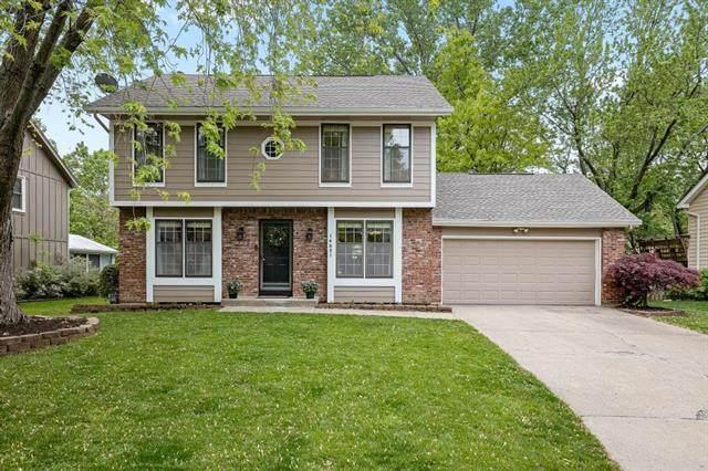 14601 Brentwood Drive, Lenexa, KS 66215 (#2321384) :: Eric Craig Real Estate Team