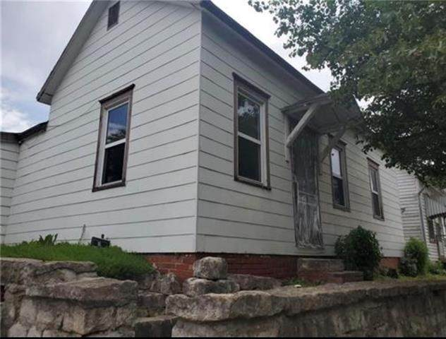 1401 Penn Street, St Joseph, MO 64503 (#2321410) :: Eric Craig Real Estate Team