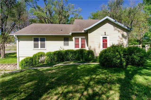 1614 S 38 Street, St Joseph, MO 64507 (#2321441) :: Team Real Estate