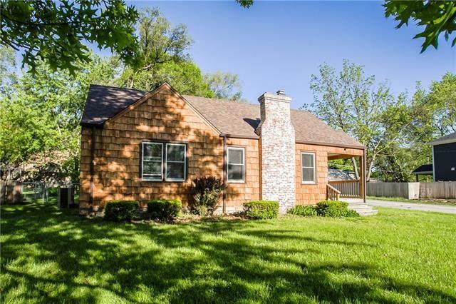 5600 Maple Street, Mission, KS 66202 (#2321472) :: Five-Star Homes