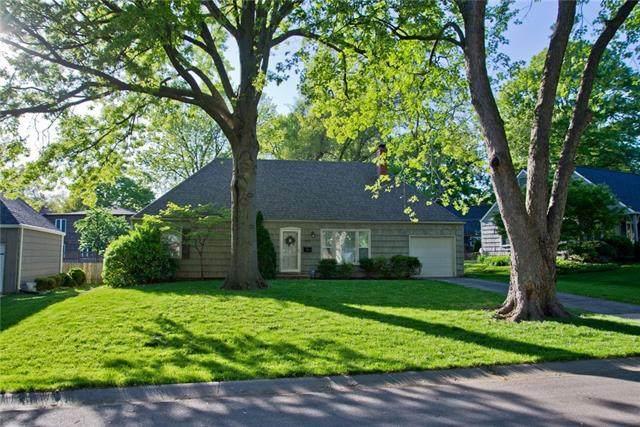 7932 Norwood Drive, Prairie Village, KS 66208 (MLS #2321536) :: Stone & Story Real Estate Group