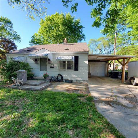 10708 E 27th Street, Independence, MO 64052 (#2321573) :: Team Real Estate