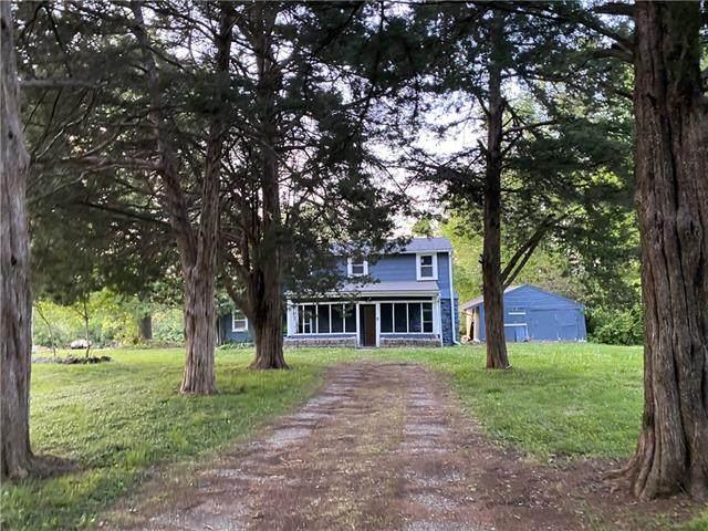 1512 E Kansas Avenue, Independence, MO 64050 (#2321617) :: Audra Heller and Associates