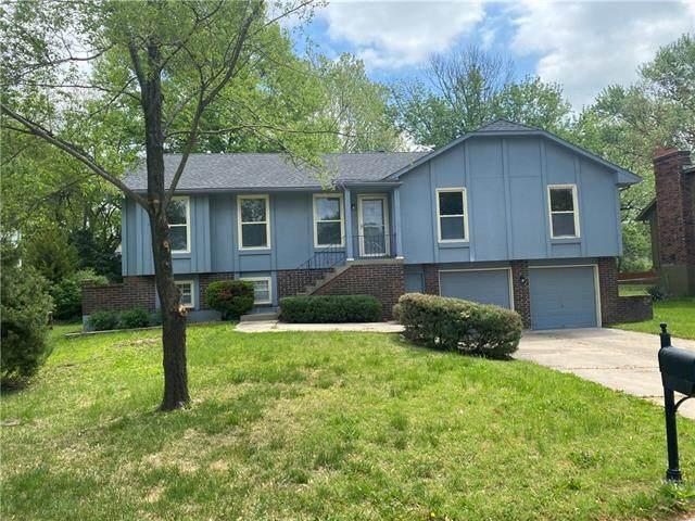 6201 Mullen Road, Shawnee, KS 66216 (#2321660) :: Dani Beyer Real Estate