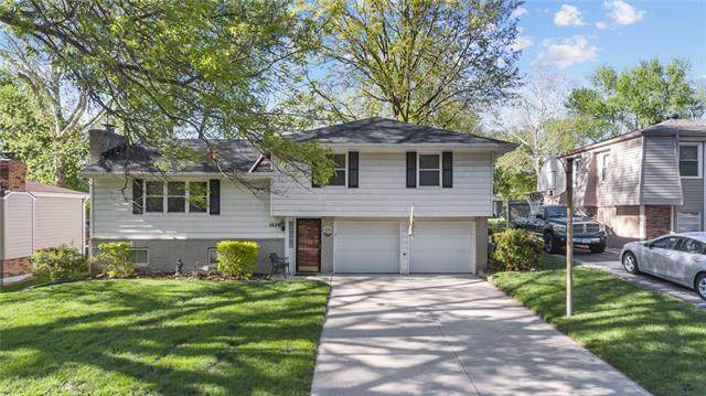 1620 NW 67th Terrace, Kansas City, MO 64118 (#2321732) :: Eric Craig Real Estate Team