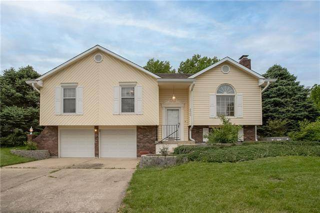 2600 S Milton Drive, Independence, MO 64055 (#2321765) :: Five-Star Homes