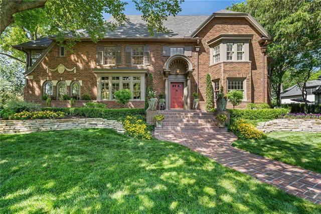 2330 Drury Lane, Mission Hills, KS 66208 (#2321795) :: Eric Craig Real Estate Team
