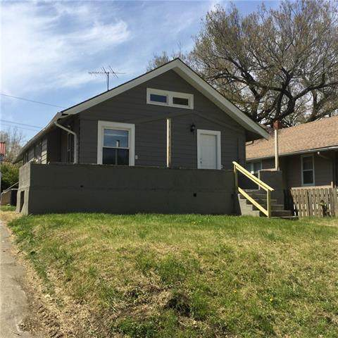 368 N Chelsea Avenue, Kansas City, MO 64123 (#2321810) :: Eric Craig Real Estate Team