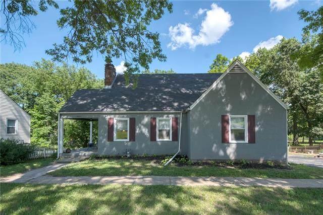 4445 NE Antioch Road, Kansas City, MO 64117 (#2321894) :: Five-Star Homes