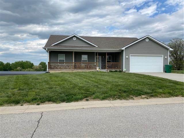 10229 Vineyard Court, St Joseph, MO 64505 (#2321910) :: Tradition Home Group | Better Homes and Gardens Kansas City