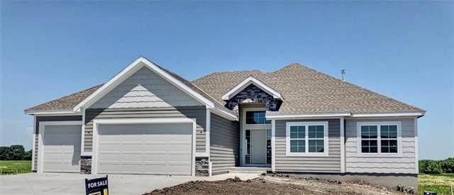 17229 W 197th Street, Spring Hill, KS 66083 (#2321974) :: Five-Star Homes