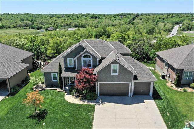5012 S Brittany Drive, Blue Springs, MO 64015 (#2321993) :: Team Real Estate