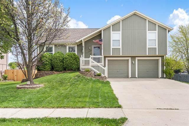 17361 S Walter Street, Gardner, KS 66030 (#2322023) :: Eric Craig Real Estate Team