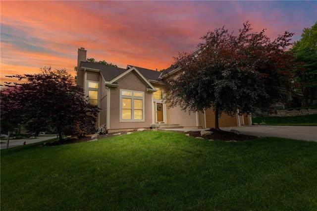 9612 N Laurel Avenue, Kansas City, MO 64157 (#2322042) :: Dani Beyer Real Estate