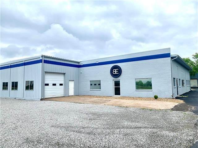 1091 NE 50 Highway, Knob Noster, MO 65336 (#2322092) :: ReeceNichols Realtors