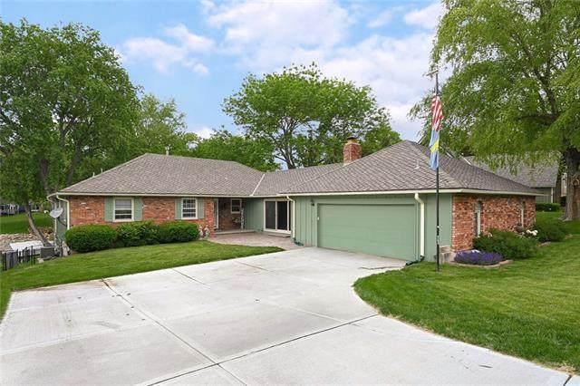 252 N Winnebago Drive, Lake Winnebago, MO 64034 (#2322102) :: Team Real Estate