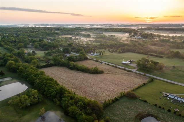8504 S Outer Belt Road, Oak Grove, MO 64075 (#2322171) :: Eric Craig Real Estate Team