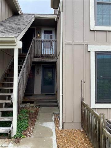 12732 W 110 Terrace, Overland Park, KS 66210 (#2322175) :: Eric Craig Real Estate Team