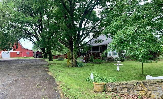 2242 Jayhawk Road, Fort Scott, KS 66701 (#2322254) :: Audra Heller and Associates