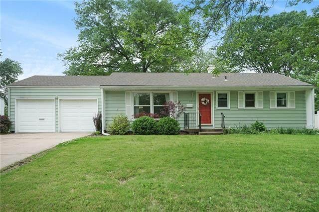 9906 Charlotte Street, Kansas City, MO 64131 (#2322346) :: Audra Heller and Associates