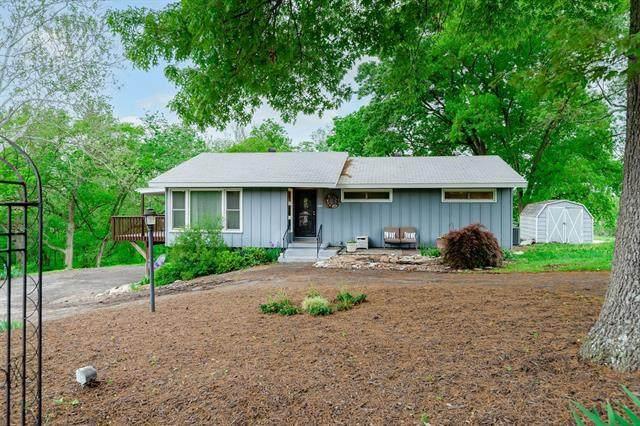 11510 Leavenworth Road, Kansas City, KS 66109 (#2322360) :: Ron Henderson & Associates