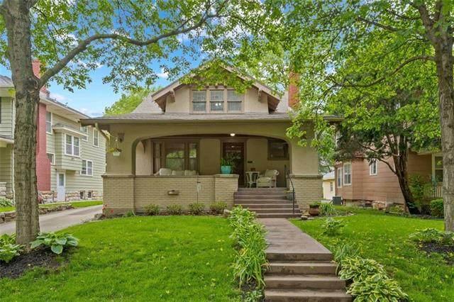 6014 Brookside Boulevard, Kansas City, MO 64113 (#2322507) :: Ron Henderson & Associates