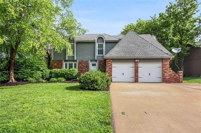 1604 W Cedar Street, Olathe, KS 66061 (#2322527) :: Dani Beyer Real Estate