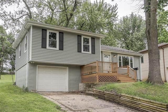 8023 NE 50th Street, Kansas City, MO 64119 (#2322555) :: Team Real Estate