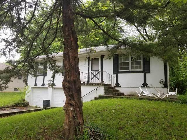 2105 S Harding Street, Oak Grove, MO 64075 (#2322650) :: ReeceNichols Realtors