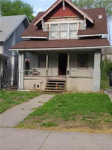 3913 Chestnut Avenue, Kansas City, MO 64130 (#2322662) :: Dani Beyer Real Estate