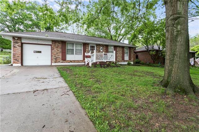 3707 S Breckenridge Drive, Independence, MO 64055 (#2322974) :: Dani Beyer Real Estate
