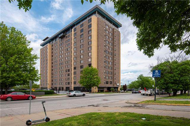 700 8th Unit 6L Street - Photo 1