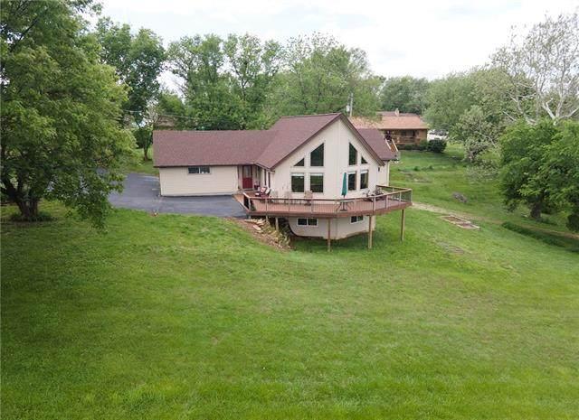 103 Grandview Court, Ozawkie, KS 66070 (#2323150) :: The Kedish Group at Keller Williams Realty