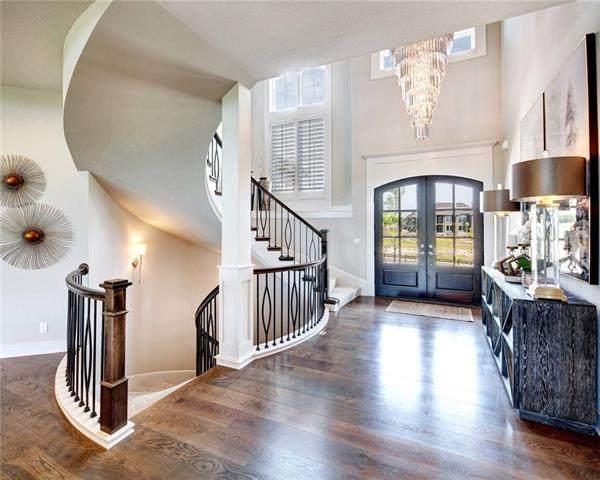 21336 W 93rd Terrace, Lenexa, KS 66220 (#2323201) :: Five-Star Homes