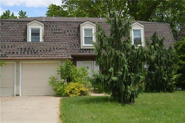 8819 Antioch Road, Overland Park, KS 66212 (#2323222) :: Team Real Estate