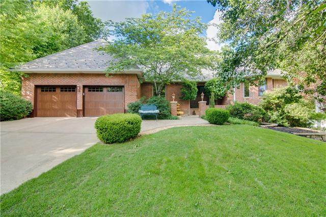 9200 NW Rocky Point Drive, Weatherby Lake, MO 64152 (#2323228) :: Ask Cathy Marketing Group, LLC