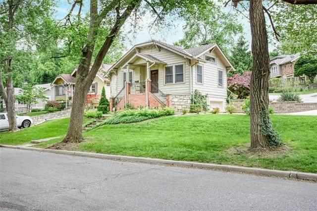 4804 Westwood Road, Kansas City, MO 64112 (#2323306) :: Audra Heller and Associates