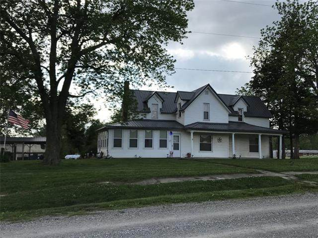 1300 S Sloan Street, Maysville, MO 64469 (#2323346) :: Austin Home Team