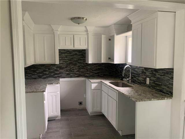 3016 Kensington Avenue, Kansas City, MO 64128 (#2323360) :: Five-Star Homes