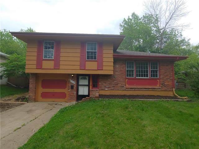 8308 E 92nd Terrace, Kansas City, MO 64138 (#2323469) :: Team Real Estate