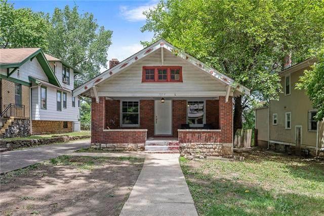 1184 E 65 Street, Kansas City, MO 64131 (#2323492) :: Ask Cathy Marketing Group, LLC