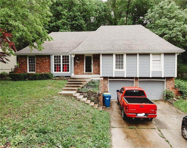 517 N Clayview Drive, Liberty, MO 64068 (#2323592) :: The Rucker Group
