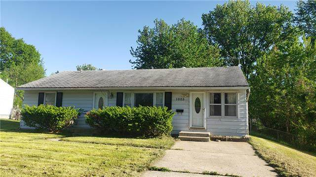 1005 NE 67th Place, Gladstone, MO 64118 (#2323624) :: The Rucker Group