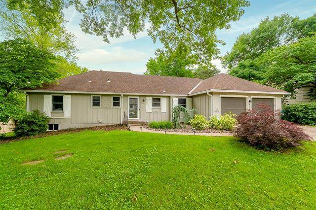 4901 W 63rd Terrace, Prairie Village, KS 66208 (#2323670) :: Ask Cathy Marketing Group, LLC