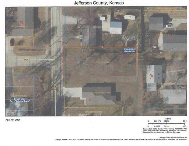 303 Cedar Street, Perry, KS 66073 (#2323917) :: ReeceNichols Realtors