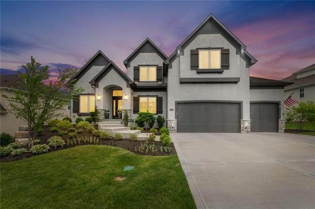 15740 Chadwick Street, Overland Park, KS 66224 (#2323959) :: Team Real Estate